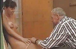 Snella ragazza in xxx hard gratis topless