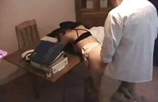 Cagna si siede sul palco film youtube porno e insolenza