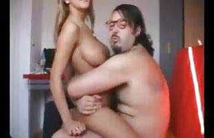 Una giovane cagna viene film eroticigratis sbattuto su una culla