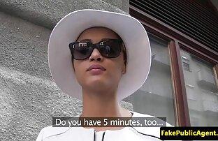 Giovane yuporn film gratis ragazza in lingerie nera colpi di scena il suo culo