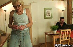 Giovane video porno gratis senza registrazione lesbiche Lucy leccata enchanted cintura intorno il anus di Rosie