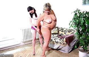 Sexy casalinga con grande video sexi gratuiti latte sorella con un caldo maschio