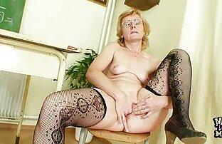 Carino biondo ha un video porno con arabe anale dildo insertion